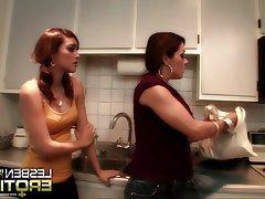 Brunette, Lesbian