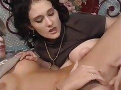 Esmerler, Sert seks, Lezbiyenler, Italyan