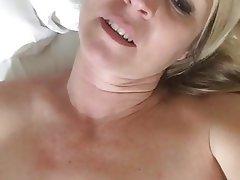 Amateur, Masturbation, MILF
