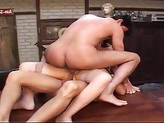 Anal seks, Çifte penetrasyonu, Yüze boşalma, Olgun kadınlar