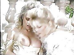 Blonde, Lesbian, Retro