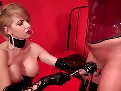 Amatriçe, BDSM, Femme dominatrice