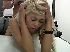 Amatér, Krása, Blondýna, Pohovor
