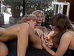 Ebenholz Anal Lesbisch Flotter Dreier