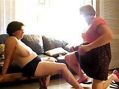 Amatriçe, Femme dominatrice, Gode ceinture