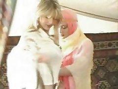 Hardcore, Lesbian, Arab
