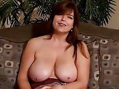 Büyük göğüsler