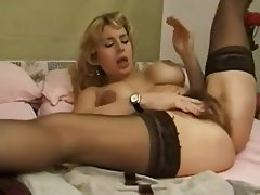 Grosse Boobs, Behaart, Reifen, MILF