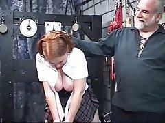 Büyük güzel kadın, BDSM, Kızıl saçlı