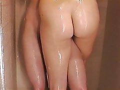 Lesbičky, Sprcha