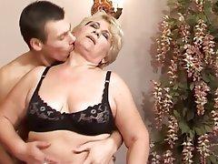 porno jung hd oma sex video free