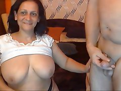 Grosse Boobs, Oma, Indianer, MILF