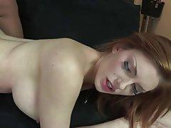 Büyük göğüsler, Kızıl saçlı